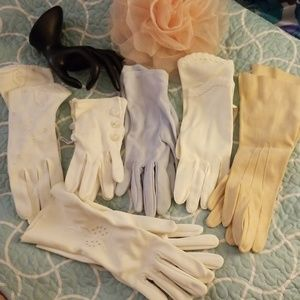 Lot of 6 gloves